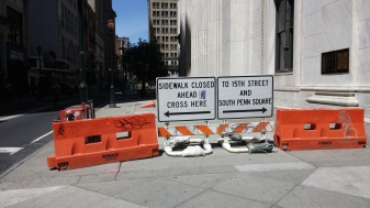 15th & Chestnut NEC. Advance warning signs on Chestnut at Broad.